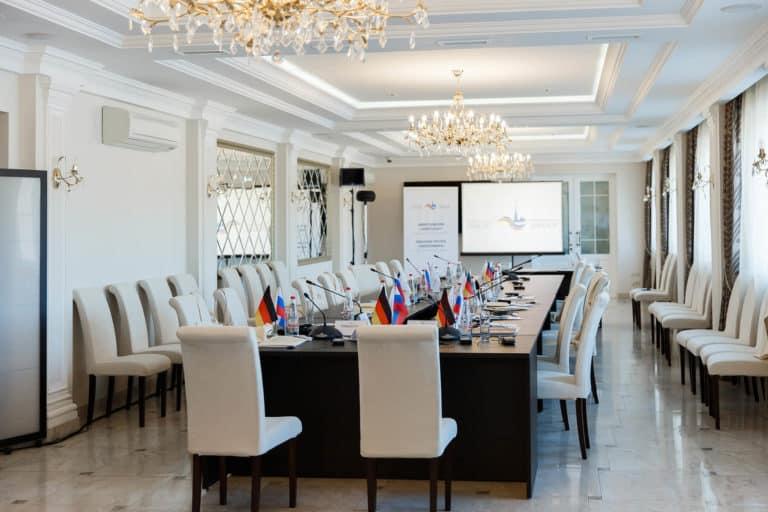 Банкетный зал ресторана - площадка для проведения конференций, Тульская область
